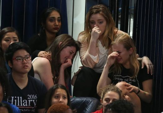 hillary-clinton-supporters-cry-over-election-loss